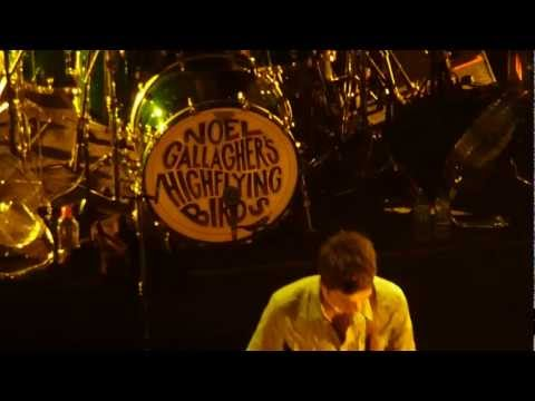 Noel Gallagher Olympia Dublin Oct 2011 : 'Broken Arrow'
