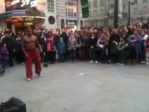 Break Dance Battle Between Perfomer and Public Kid Picadilly Circus