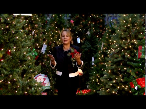 Decorando Navidad en Christmas Palace http://lucydecorations.com/