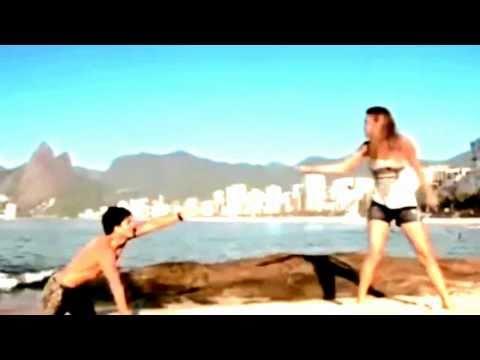 Rebelde - Rede Record - Diego salva Roberta