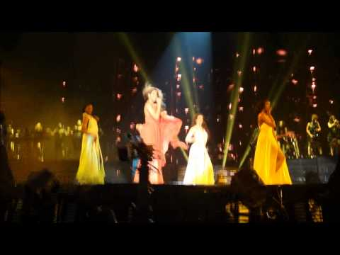 Beyoncé - Express Yourself (Intro) & Freakum Dress (Live in Zurich)