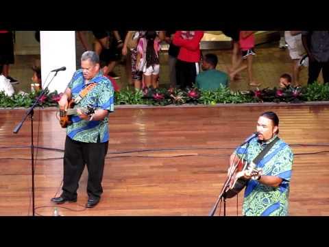 Eric Lee  & Nathan Nahinu - Ho`onani Ia Hokule`a