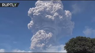 Ashroom Cloud: Mount Sinabung erupts in Indonesia - RUSSIATODAY