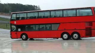 Ternyata, tidak hannya Drift Car yang bisa melakukan Drifting. Bus pun juga bisa melakukannya, seperti dalam vedeo ini!