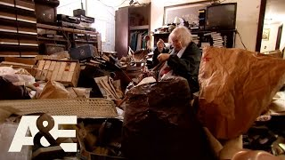 Hoarders: The Importance of a Hoarding Intervention (Season 9) | A&E - AETV