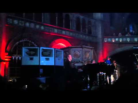 Hugh Laurie - Opening Song - Union Chapel London - Let them
