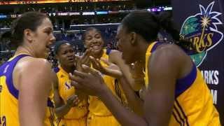 WNBA Celebration FAIL Ends In Bloody Head-Butt