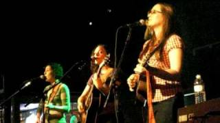 Ingrid Michaelson - Everybody (Be Ok tour, with full band)