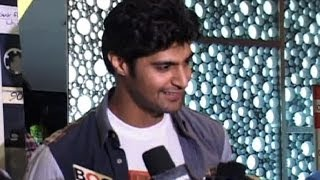 INTERVIEW : Tanuj Virwani for Purani Jeans - Bollywood Country Videos - BOLLYWOODCOUNTRY