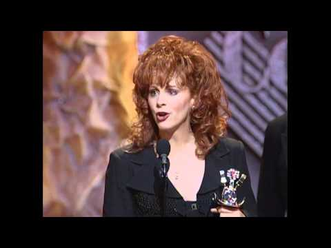 Reba McEntire Wins Top Female Vocalist - ACM Awards 1995