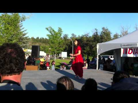 Edmonton Heritage Festival 2011 - Punjabi Bhangra dance *HD*