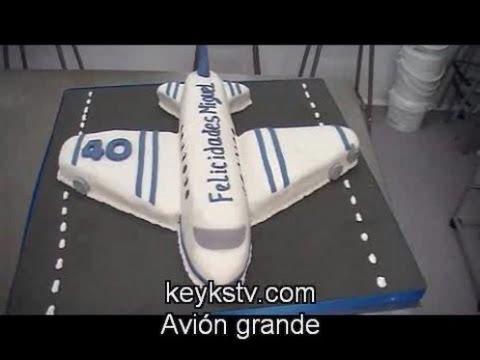 Cómo hacer una tarta de avión de fondant o masa elástica. Airplane cake