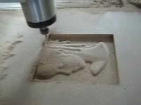 MÁQUINA ROUTER CNC 3D - GRAVOMAK