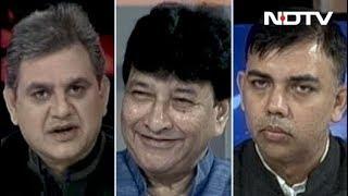 मुकाबला: क्या केजरीवाल को काम नहीं करने दिया जा रहा है? - NDTV