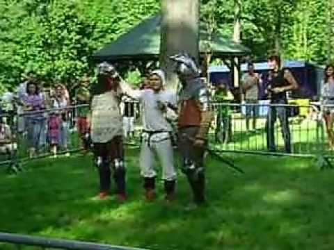 Video: VERY FUNNY DUEL KNIGHST-CZŁUCHÓW (POLAND)  - CRAZY FIGHT - HAPPY AND CRAZY