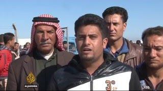 Civilians flee Ramadi as ISIL hits back at Iraqi forces - ALJAZEERAENGLISH