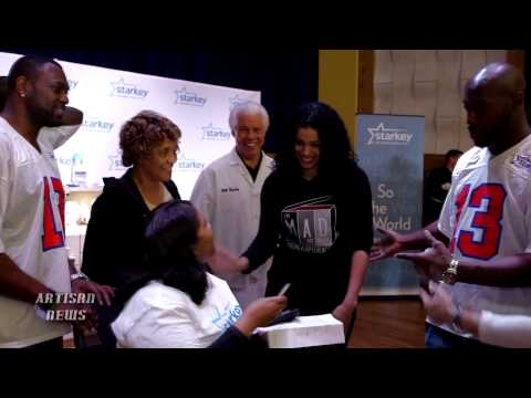 JORDIN SPARKS, GARTH BROOKS JOIN NFL STARS TO RESTORE HEARING IN NEW ORLEANS