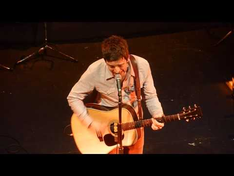 Noel Gallagher Olympia Dublin Oct 2011 : 'The Death of You & Me'