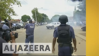 Inside Story - What's behind attacks on foreigners in South Africa? - ALJAZEERAENGLISH