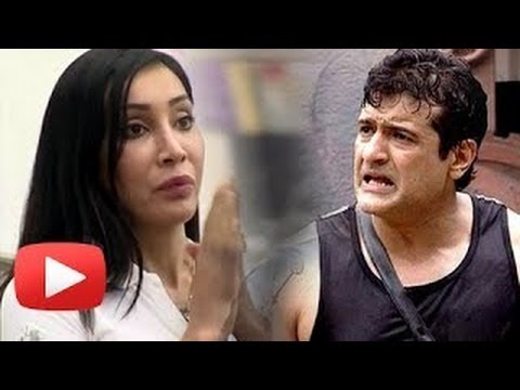 Sofia Hayat files complaint against Armaan Kohli