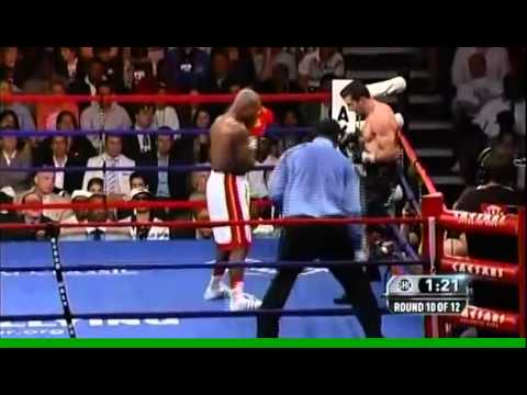 Carl Froch vs Glen Johnson - Part 3 of 4