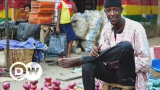 How Nigeria's rural radio helps farmers with climate change | DW English - DEUTSCHEWELLEENGLISH