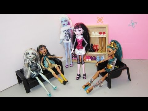 Manualidades para muñecas: Haz  zapatos o zapatillas para las muñecas monster high