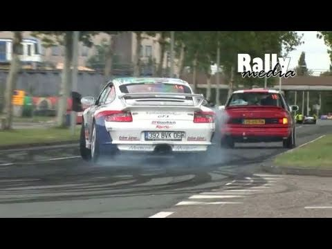 Porsche 997 GT3 overtakes with perfect powerslide - great sound