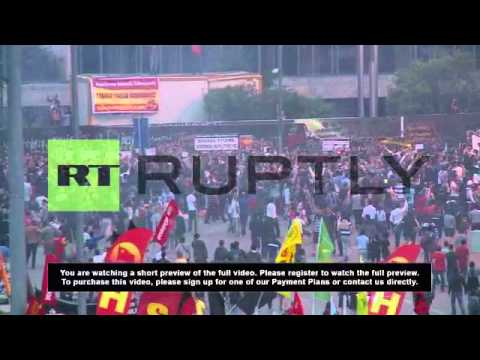 Turkey: Taksim Gezi Park rings to occupiers chants