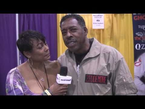Stephanie Raye in toyland with Darth Vader, Battle LA Stars and Ernie Hudson @ Comic Con