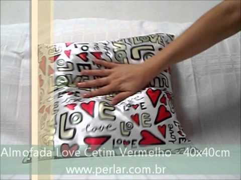 Almofada Love Cetim Vermelho e Branco - 40x40cm