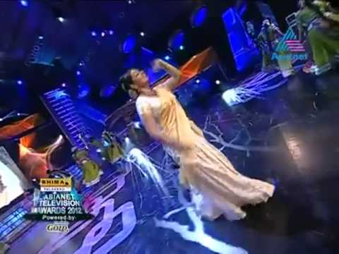 Sujitha Dance Asianet Televison Award 2012.mp4