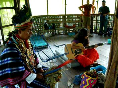 La Anaconda - Sesion de Yage con Taita Juan Martin