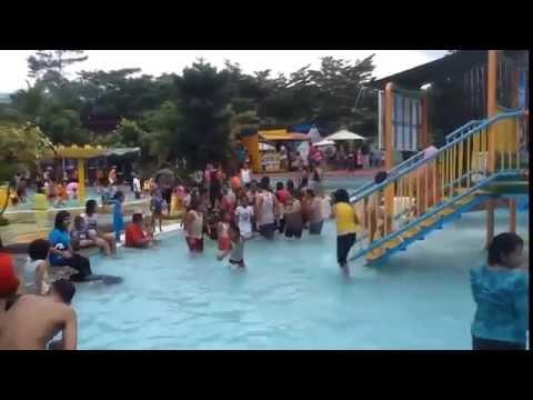 Sunshine Bay Water Park - Taman Wisata Matahari