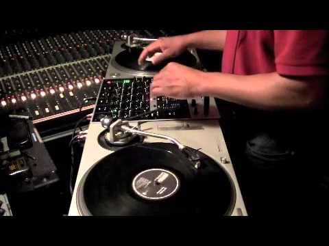 Numark M6 DJ Mixer Test