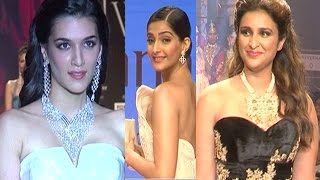 Sonam Kapoor, Kriti Sanon, Parineeti Chopra at