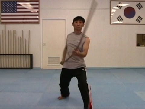 Martial Arts Bo Staff Techniques #2: Diagonal Strike from the Bottom (taekwonwoo)