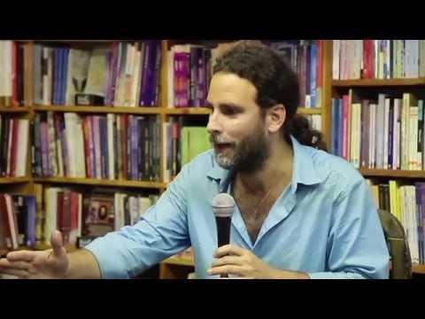 """Presentación del libro """"El verano en que Dios dormía"""" de Ángel Santiesteban Prats en Nueva York"""