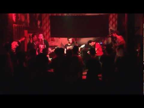 SPR (Street Punk Rock) - Mencret Live DISTORT SUMATERA at PITU CAFE