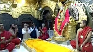 शिरडीं के साईं मंदिर में पहुंचे प्रधानमंत्री नरेंद्र मोदी - NDTVINDIA
