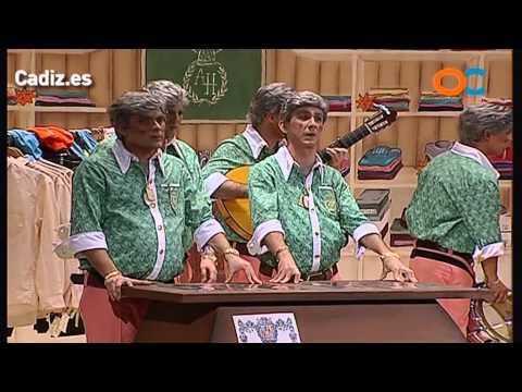 Sesión de Preliminares, la agrupación Los Amancio Hortera actúa hoy en la modalidad de Chirigotas.