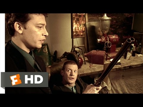 Lock, Stock and Two Smoking Barrels (3/10) Movie CLIP - Guns for Show, Knives for a Pro (1998) HD