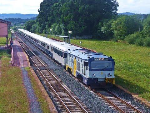 Trenes variados Renfe-Feve, línea Ferrol Gijón, verano 2014