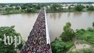 Central Americans in caravan cross into Mexico from Guatemala - WASHINGTONPOST