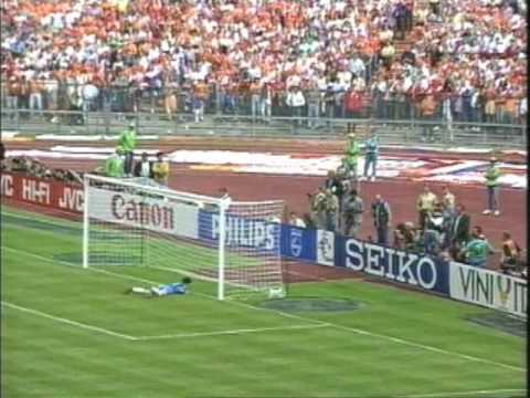 Holland Defeat the USSR in Euro '88