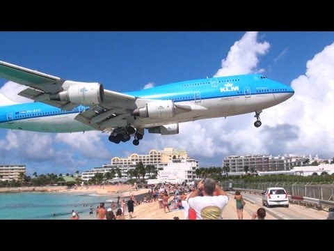 INCREDIBLE KLM Boeing 747 Landing @ SXM St.Maarten - NEW - HD
