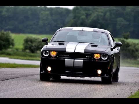 First drive review: the 2012 Dodge Challenger SRT8 drives to the Vanishing Point (version 2)
