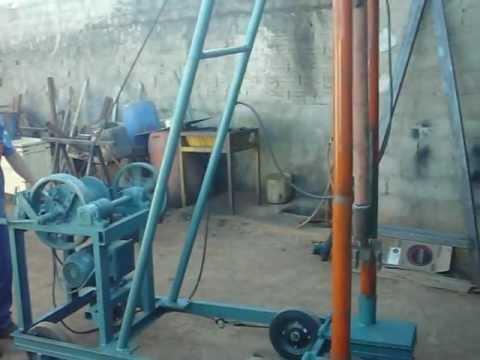 Máquina para Perfuração de Mini Poço Artesiano.