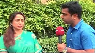 Dharmendra was initially discouraging me from contesting elections: Hema Malini - NDTVINDIA