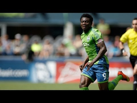 GOAL: Obafemi Martins finishes inside the box | Seattle Sounders vs FC Dallas